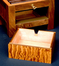 Hand Made Reliquary Box by Michael Creed - Click Image to Close