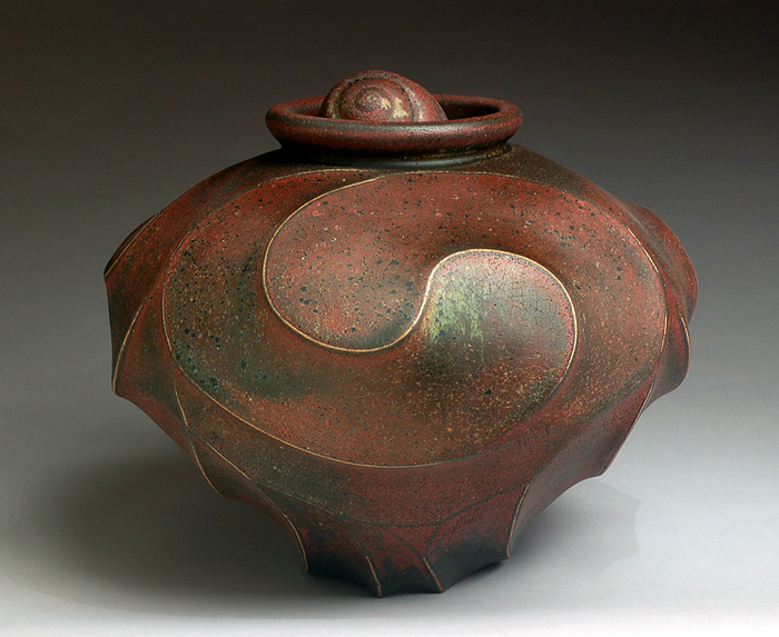 Red/Green Vessel with Single Shell by Jim Connell - Click Image to Close
